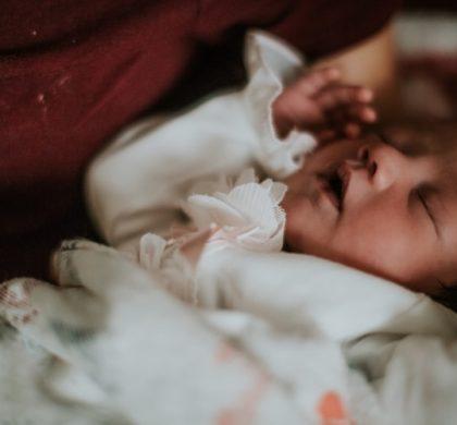 Bebê pode dormir no carrinho?