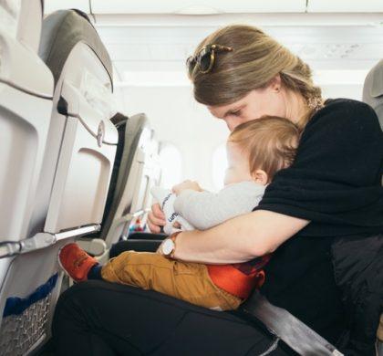 Dicas para bebê dormir no avião
