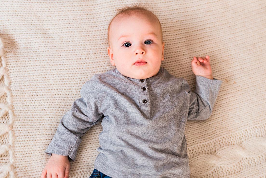O bebê de 8 meses