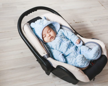 Bebê pode dormir no bebê conforto?