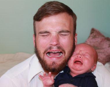 Preciso deixar meu bebe chorando para ele dormir?