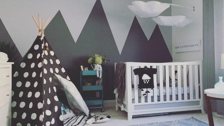 ¿A qué edad mi bebé puede dormir solo en su cuarto?