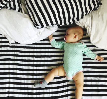 Bebê pode dormir com musica