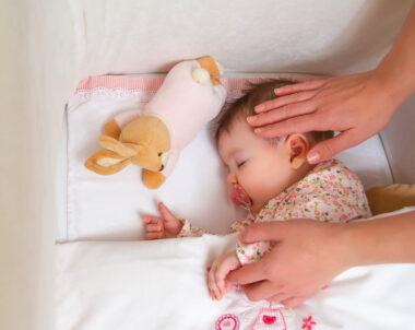 O bebê pode dormir com travesseiro?