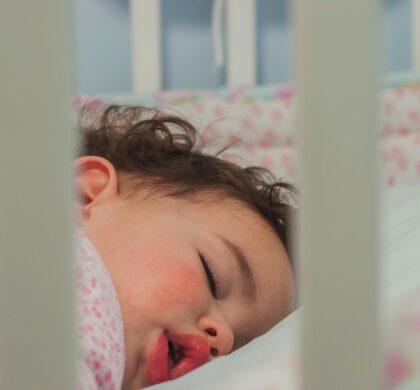 Bebê pode dormir sozinho?